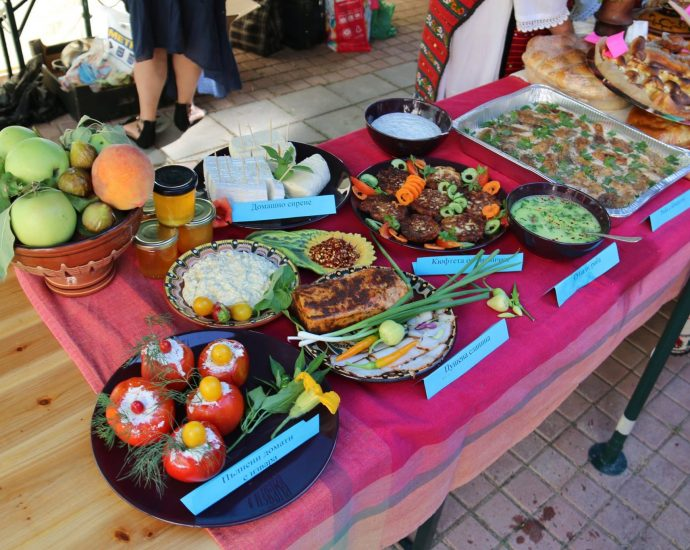 Банатски вкусотии в никополското село Асеново на 14 август на десети юбилеен кулинарен фестивал